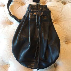 COACH Vintage Blk Leather Drawstring BIXBY Sling